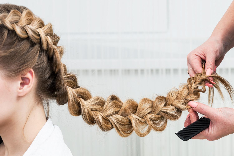 Haare Flechten Anleitung So Gehts Haarpflege Beauty Ratgeber